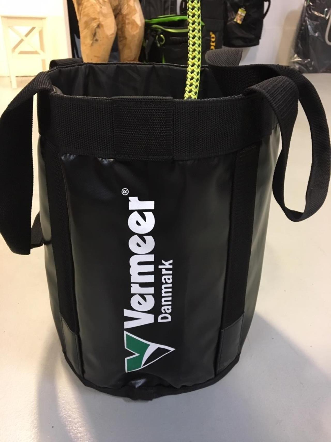 VAULT 25 BAG VERMEER